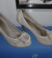 Bez sandale na stiklu 38broj