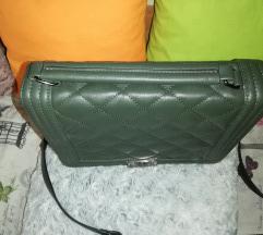 Maslinasto zelena torba like Chanel boy