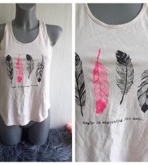 Puder roze H&M majica sa percima