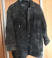 MANGO oversize crna teksas jakna