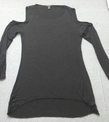 Crni dzemper - tunika gola ramena XL