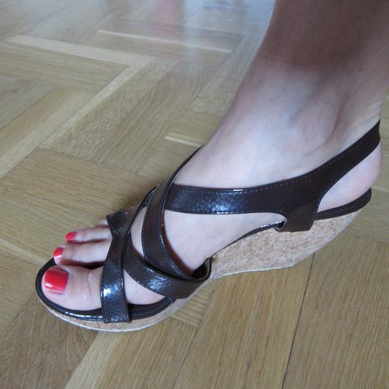 Ženske sandale sa platformom