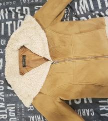 Zara strukirana jaknica POSLEDNJA CENA