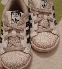 Adidas superstar. Br. 23.5, ug. 14 cm.