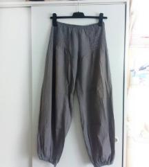 Rasprodaja! Sive lagane pantalone