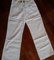 Bele lanene pantalone