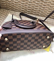 Louis Vuitton alma torba