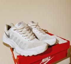 Nike Invigor bele patike 37