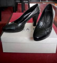 Kozne cipele Paola Ferri -kao nove!