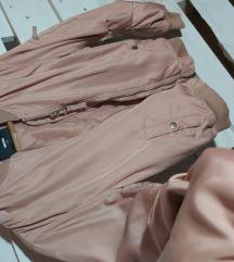Baby roze jakna