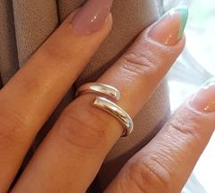 Srebrni prsten Novo