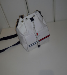 TOMMY HILFIGER BUCKET tasna 2 in 1
