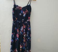Prelepa dugacka Bershka haljina