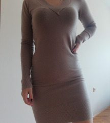 Haljina uz telo