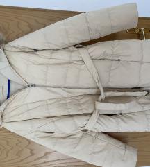 Zenska perjana jakna sa pravim krznom