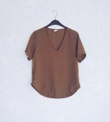 Gina Tricot maslinasta majica