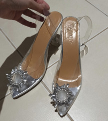 Jednom obuvene sandale 39