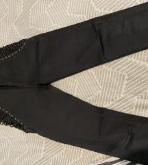 Nove pantalone  dubok struk