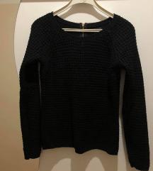 Only crni džemper
