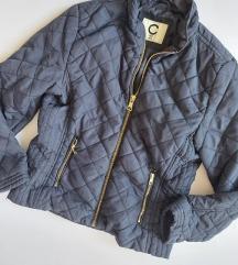 Teget jakna za prelaz