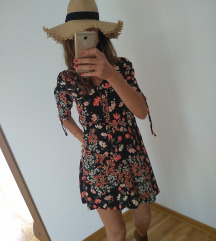 Nova cvetna mini haljina