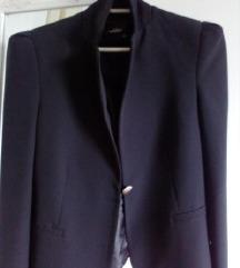 Elegantan crni sako