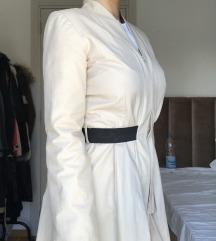 Nov krem kaput