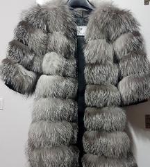 Nova duza bunda od prirodnog krzna sibirske lisice