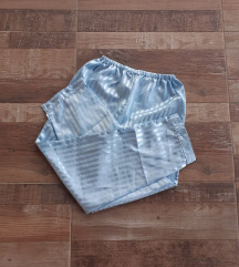 Satenska bebi plava pižama M/L