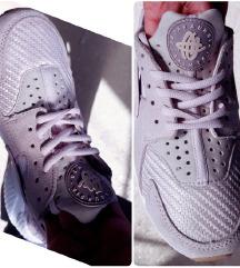 AKCIJA! Nike Huarache ORIGINAL- broj 37.5