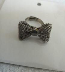 Podesiv prsten