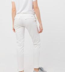 Ps letnje bele pantalone