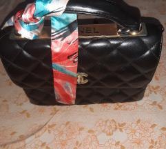 Chanel torba snizena 3000