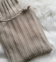 Bež džemper, rolka, jednom nošena