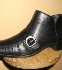 Kožne crne duboke lagane Rieker cipele