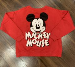 Crveni Zara duks, Mickey
