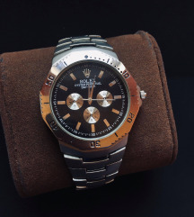 Rolex muski sat + POKLON kutija