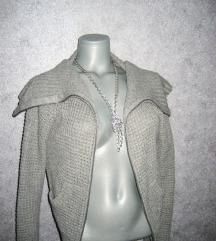 rezz H&M DIVIDED džemper