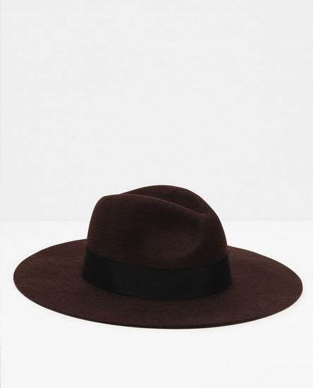 ZARA šešir 100%wool