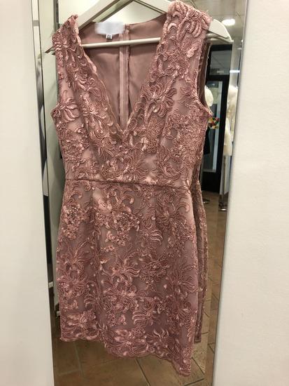 Nova haljina sa prelepom cipkom