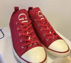 Guess red patike