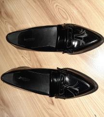 Cipele 39 NOVO