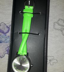 Nov ručni sat