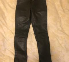 Zarine kozne pantalone - crne