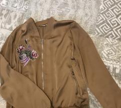 Svilena jaknica