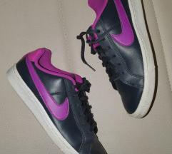 Nike kozne patike br. 36