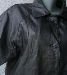crna duža kožna jakna broj 42 ili 44