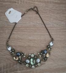 Raznobojna ogrlica