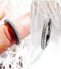 Pandora srebrni prsten Novo 18mm.