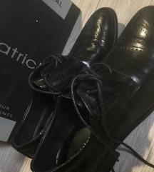 Nove crne Patrick cipele